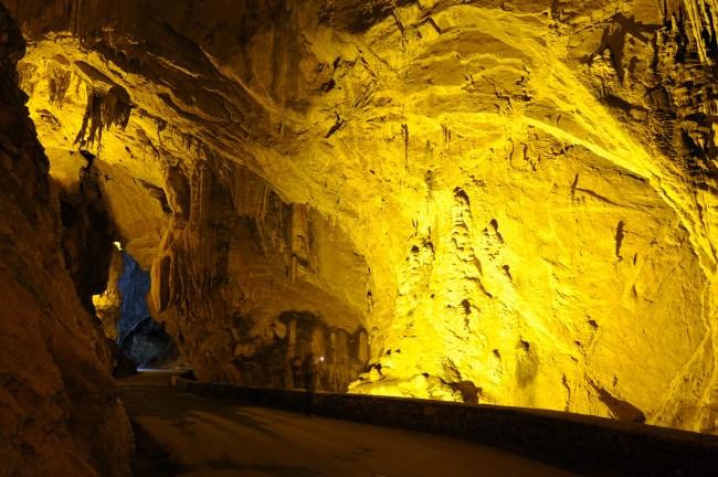 Cuevona de Cuevas del Agua  Asturias