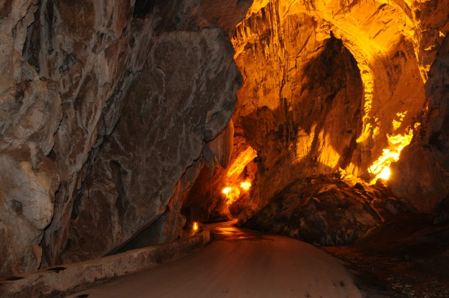 Cuevona de Cuevas del Agua
