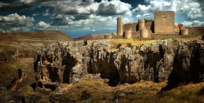 caracena castillo