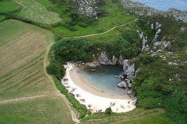 Playa de Gulpiyuri