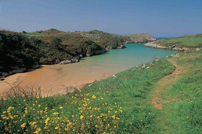 playa de poo asturias