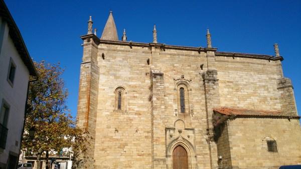 Iglesia Hoyos