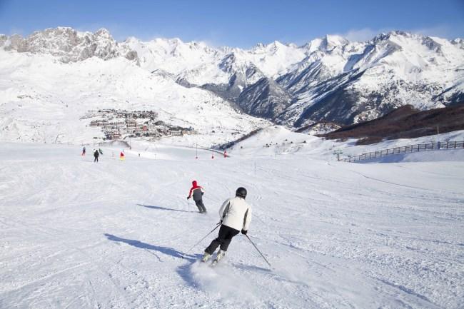 Casas rurales para esquiar unos d as en la nieve en un - Alojamiento en la nieve ...