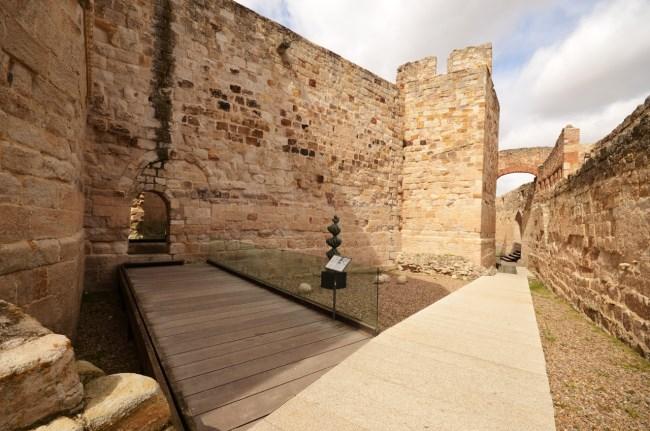 interior fortaleza zamora