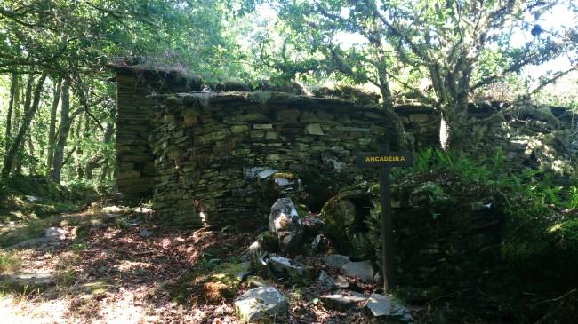 Pueblo abandonado Ancadeira