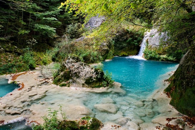 cascada nacimiento rio urederra