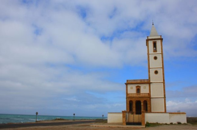 iglesia salinas almadraba