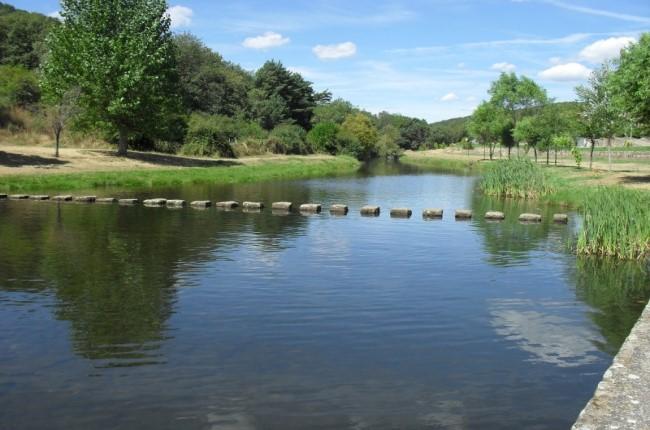 piscina natural salduero soria