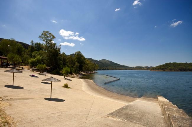 playa del pantano de puerto peña Badajoz