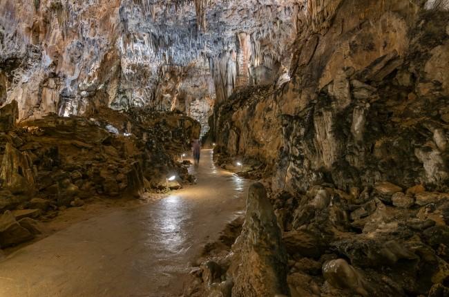 Cuevas de Valporquero León