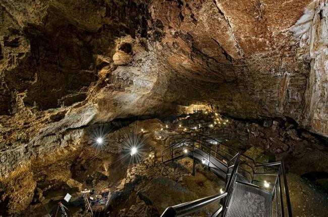 Cueva El Pendo Cantabria