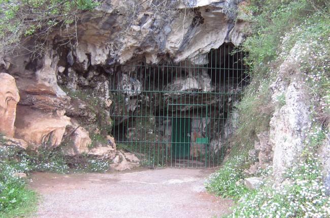 Cueva Las Monedas Cantabria