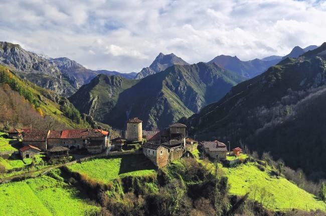Torre de Bandujo Asturias