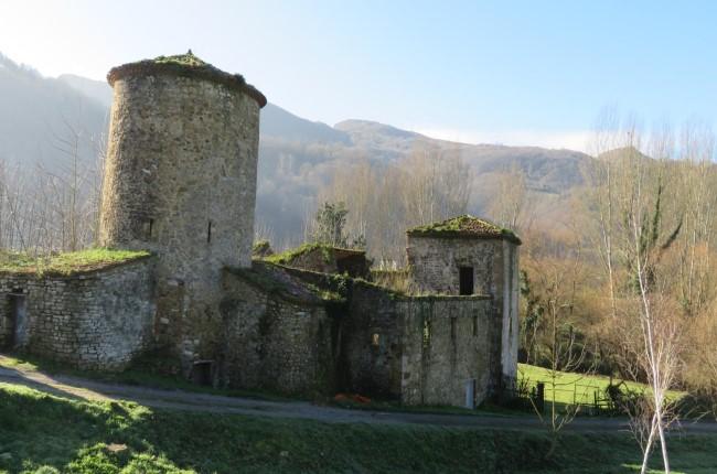 Torre de Olloniego Asturias