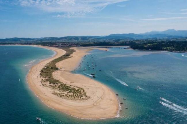 Playa de El Puntal Santander