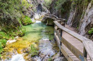 La Cerrada de Elías, un precioso sendero por el río Borosa