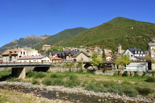 Biescas pueblo valle de tena