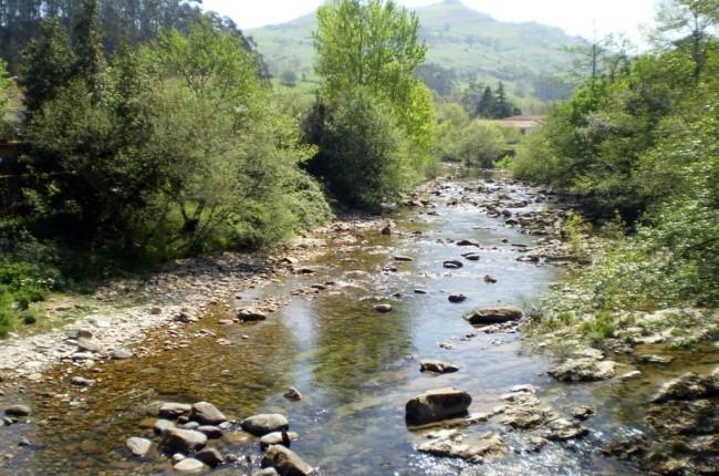 Pozas del río Miera Cantabria
