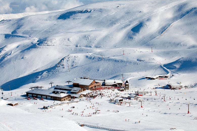 Casas rurales en la estaci n de esqu de sierra nevada - Alojamiento en la nieve ...