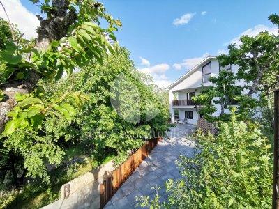 Villa Marel